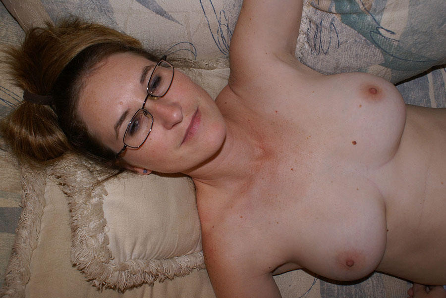 Homemade amateur GF blowjob: 38DD boobs POV titfuck and